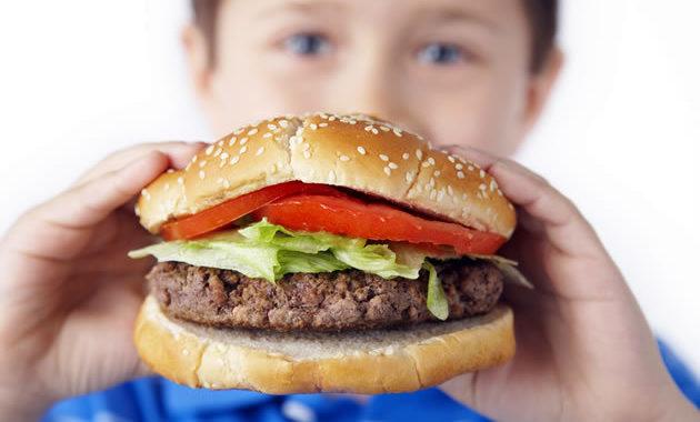 """obesidade infantil 630x380 - A obesidade infantil antecipa doenças """"de adultos"""""""